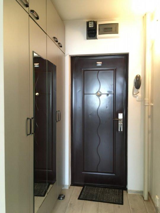 Apartament cu 1 camera, decomandat, de vanzare, zona Take Ionescu. 8