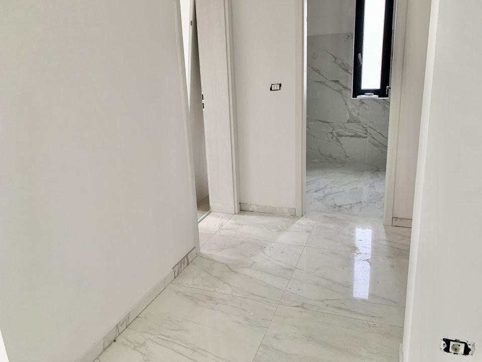 Apartament cu doua camere   Loc de parcare inclus   La intrare in Giroc 6