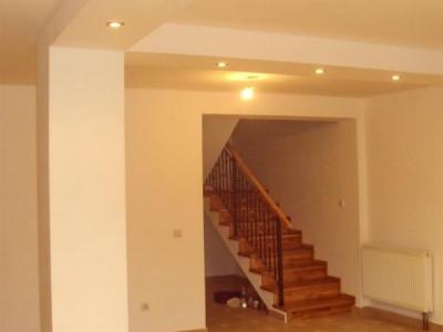 Casa tip duplex cu 4 camere de vanzare in MOSNITA VECHE - ID V92