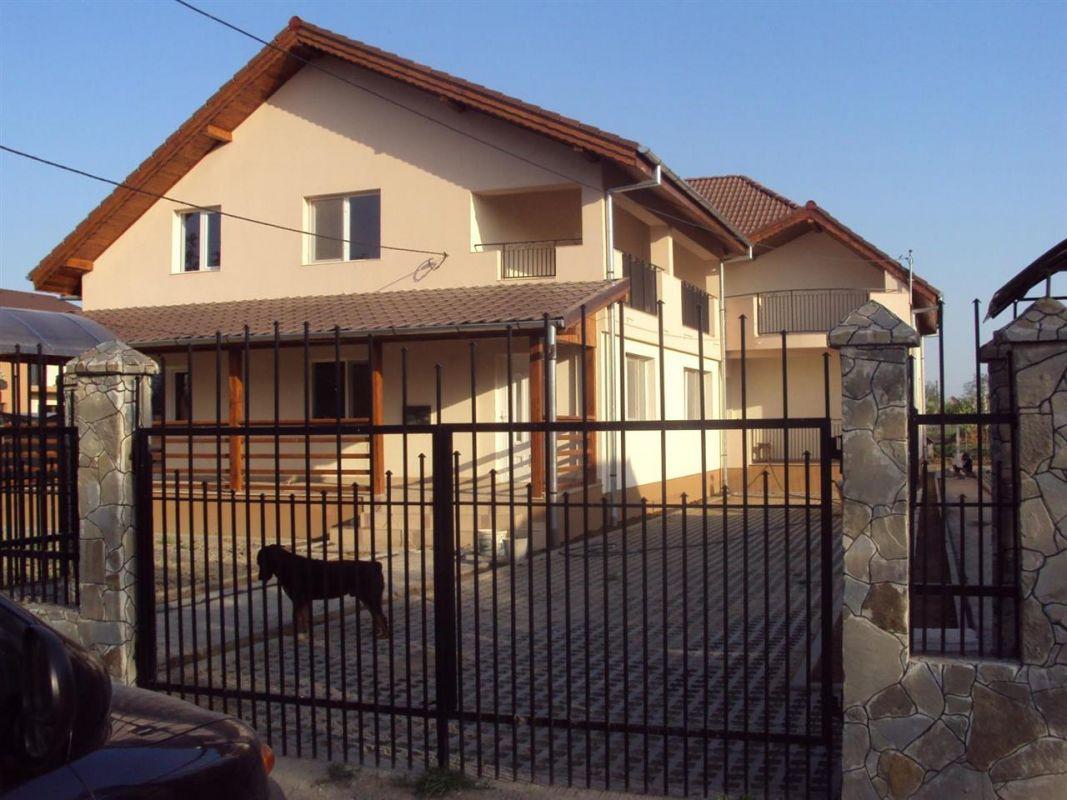 Casa 4 camere de vanzare in MOSNITA VECHE - ID V92 2