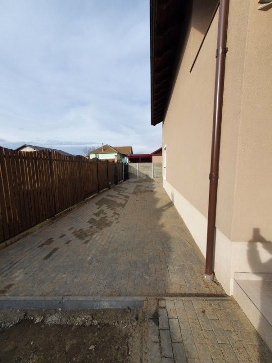 Casa deosebita de vanzare in Utvin - V919 16