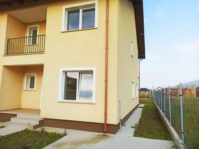 Duplex 4 camere de vanzare Mosnita Noua