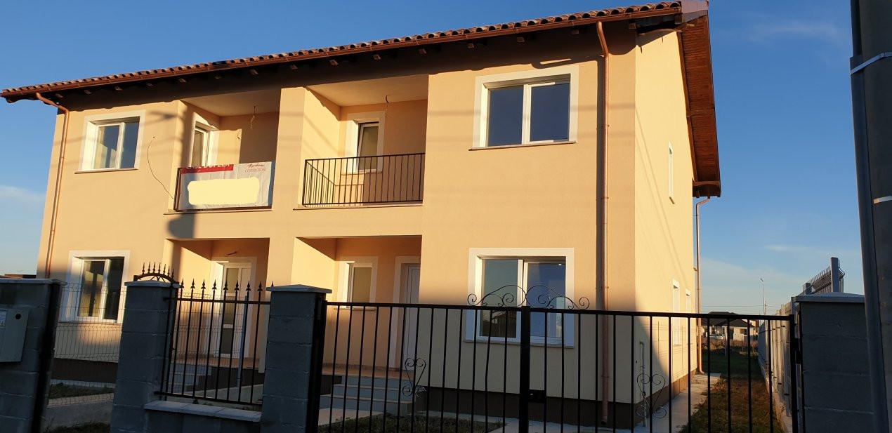 Duplex 4 camere de vanzare Mosnita Noua  1