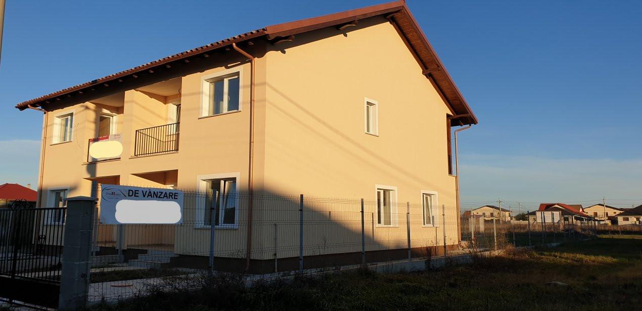 Duplex 4 camere de vanzare Mosnita Noua  2