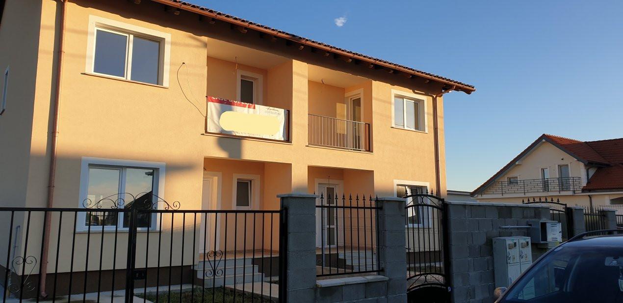 Duplex 4 camere de vanzare Mosnita Noua  3