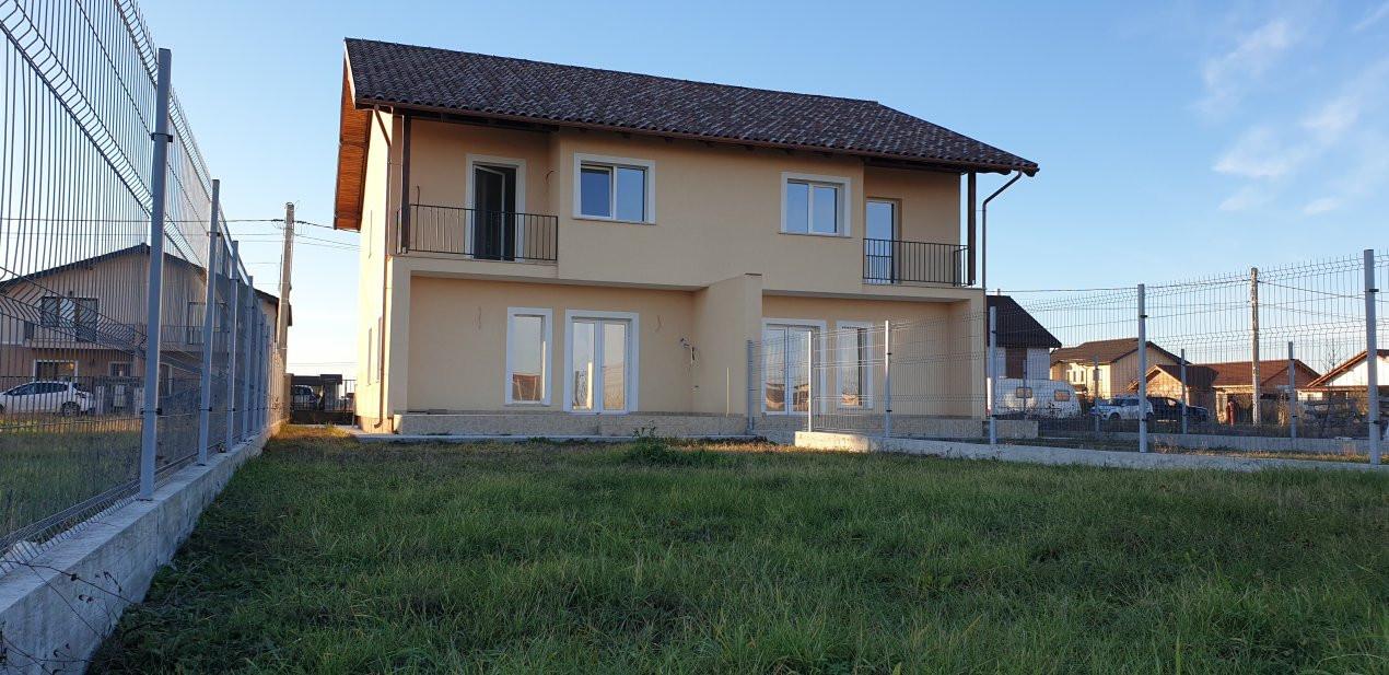 Duplex 4 camere de vanzare Mosnita Noua  4