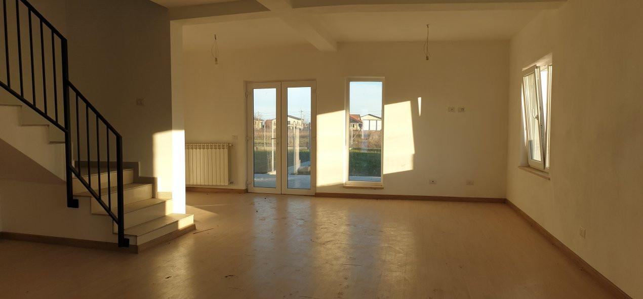 Duplex 4 camere de vanzare Mosnita Noua  6