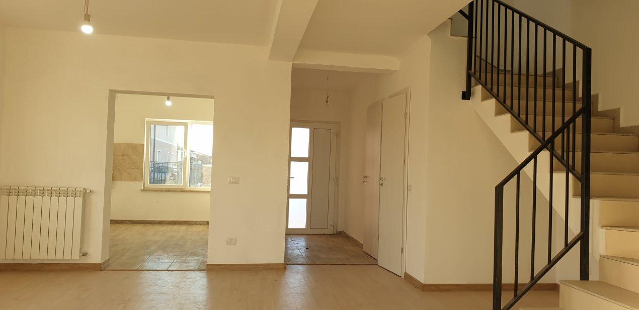 Duplex 4 camere de vanzare Mosnita Noua  8