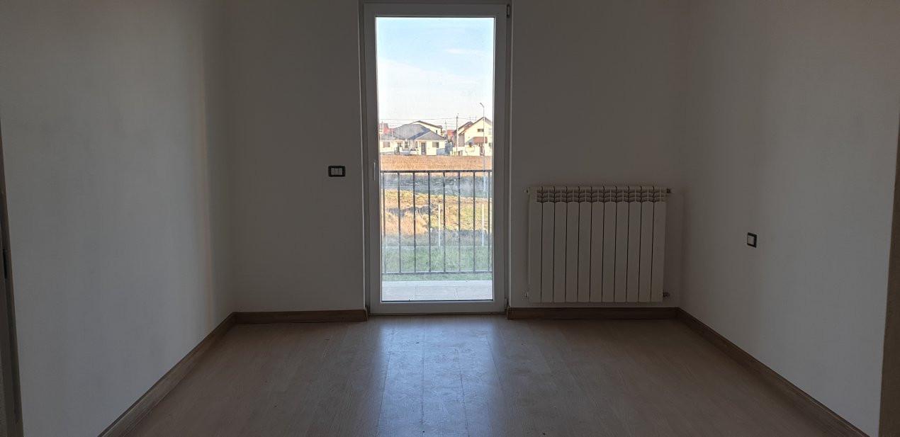Duplex 4 camere de vanzare Mosnita Noua  12