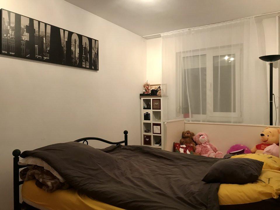 Apartament cu 3 camere, de vanzare, zona Dacia 8