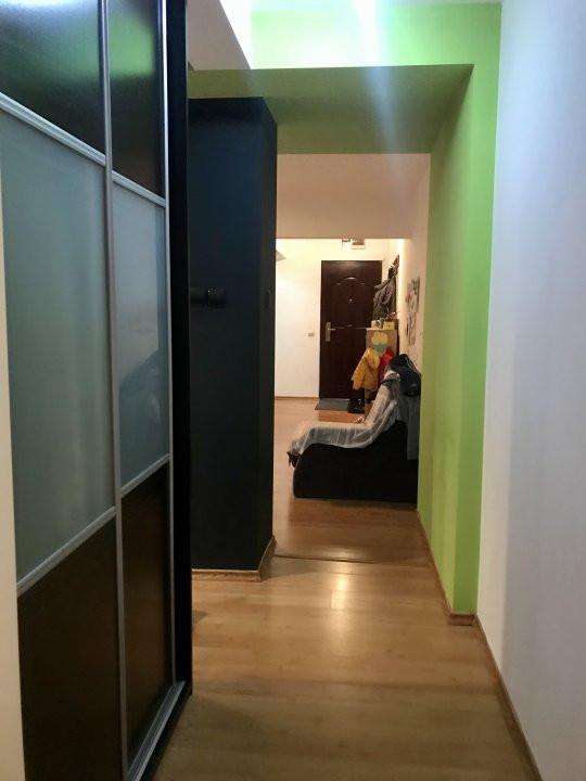 Apartament cu 3 camere, de vanzare, zona Dacia 11