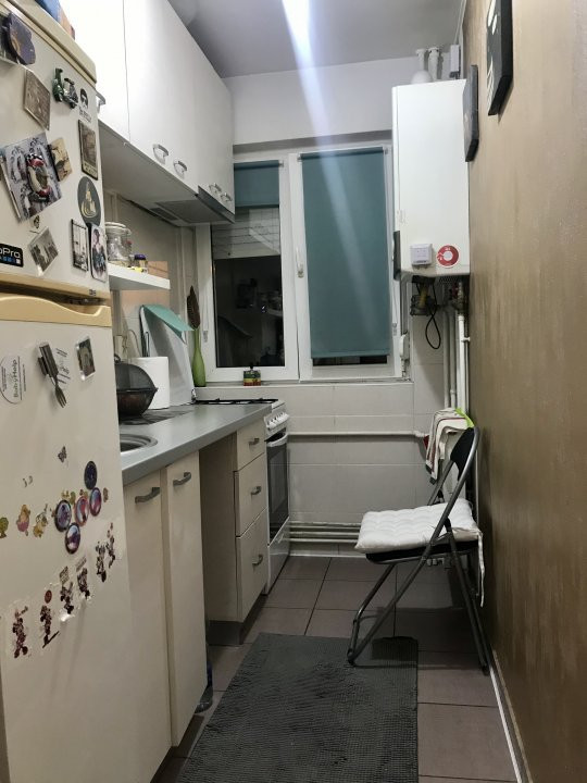 Apartament cu 3 camere, de vanzare, zona Dacia 13