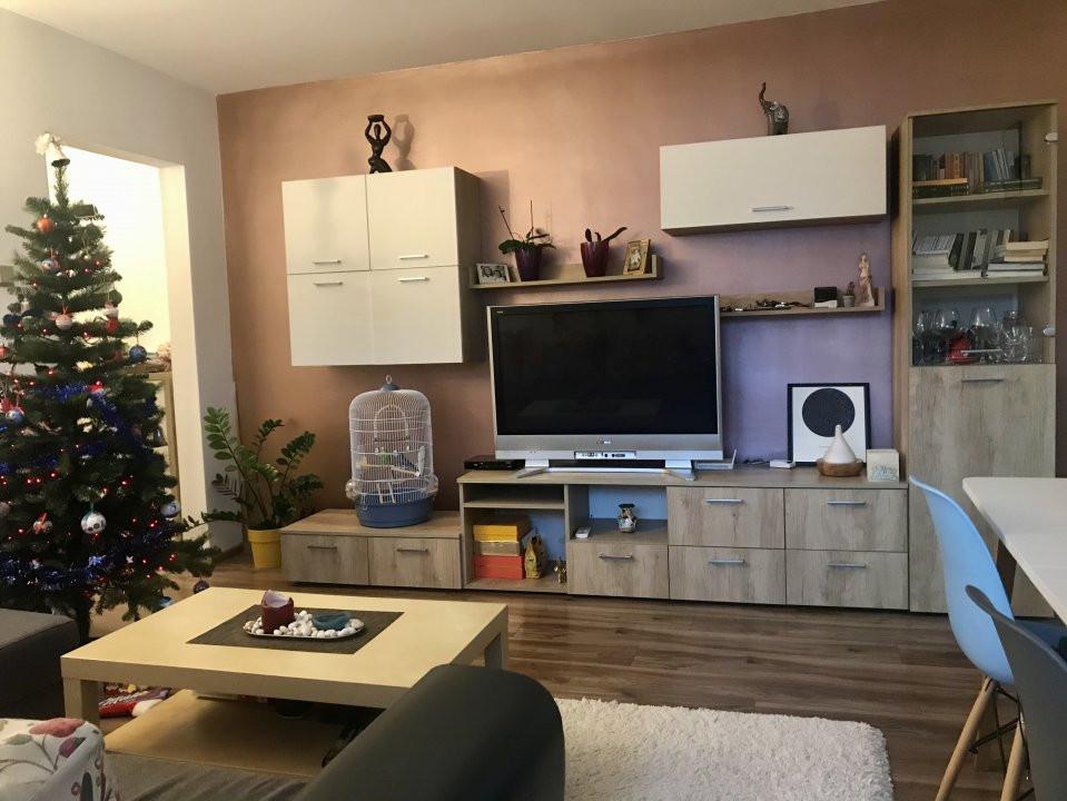 Apartament spatios cu 2 dormitoare si living, de vanzare, zona Aradului 1