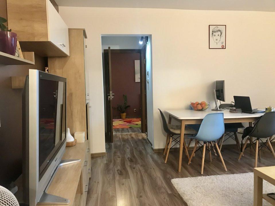 Apartament spatios cu 2 dormitoare si living, de vanzare, zona Aradului 3