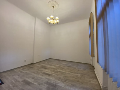Piata Victoriei - Birou / Apartament cu o cameră