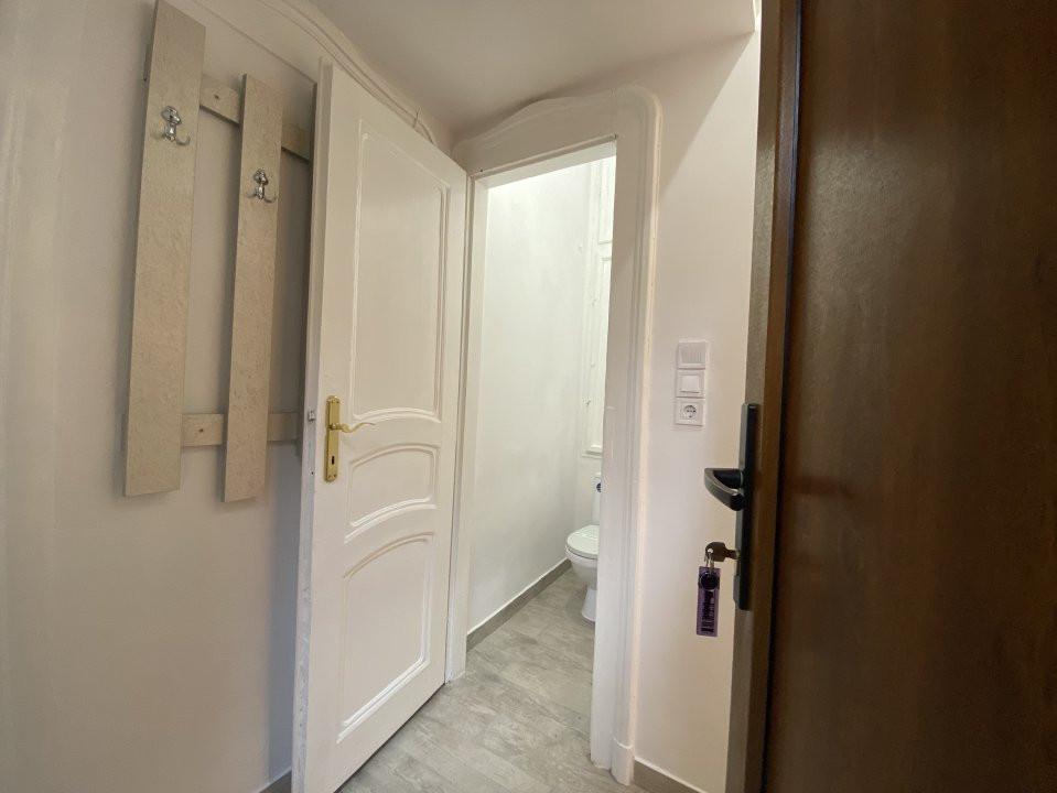 Piata Victoriei - Birou / Apartament cu o cameră 4