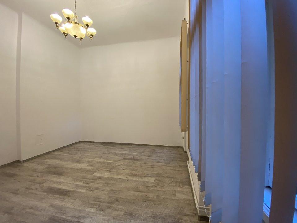 Piata Victoriei - Birou / Apartament cu o cameră 10