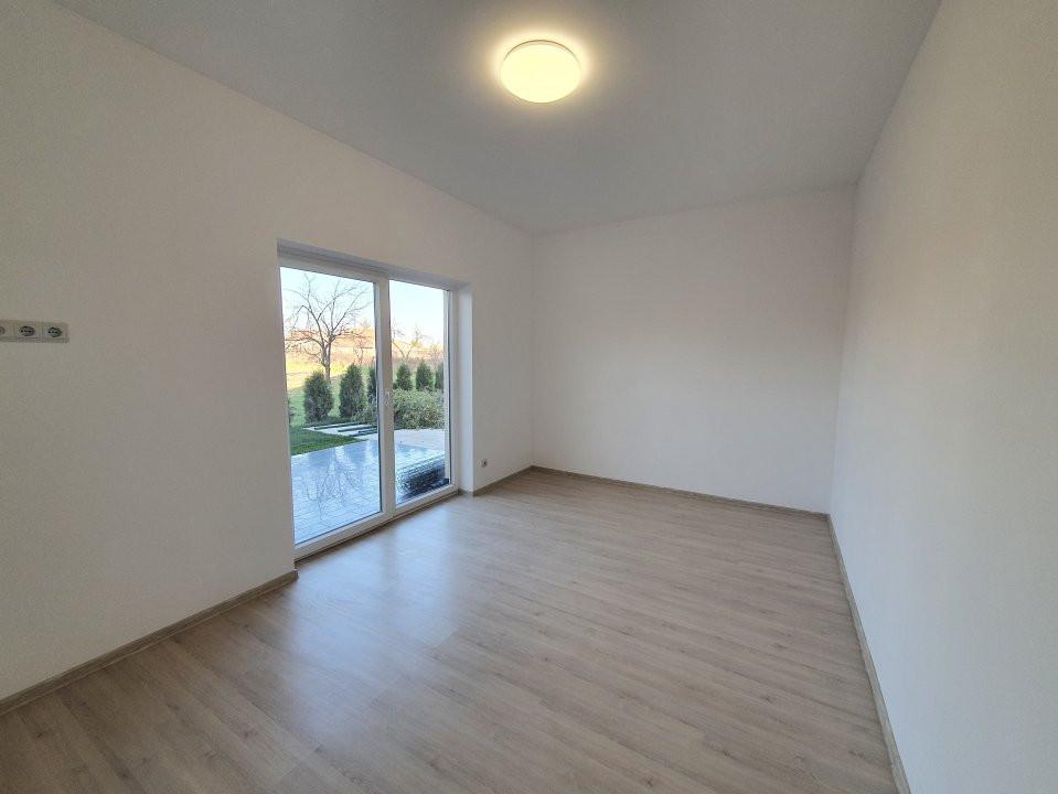 Apartament cu terasa si gradina de vanzare in Sanandrei - V941 7