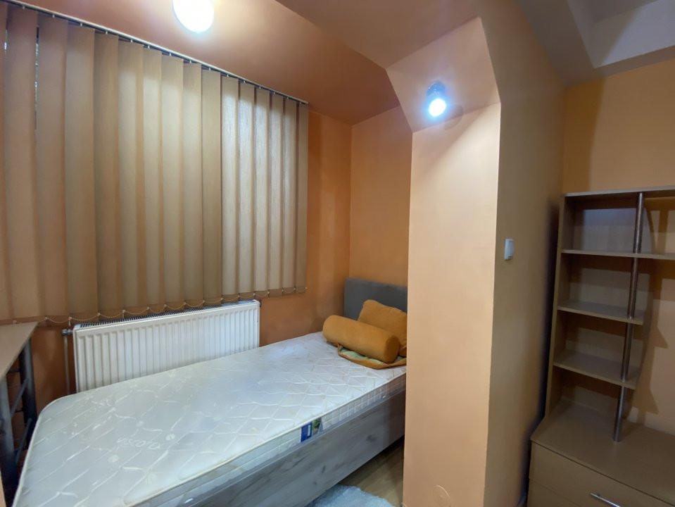 De inchiriat - apartament cu 2 camere Soarelui - Uranus 2