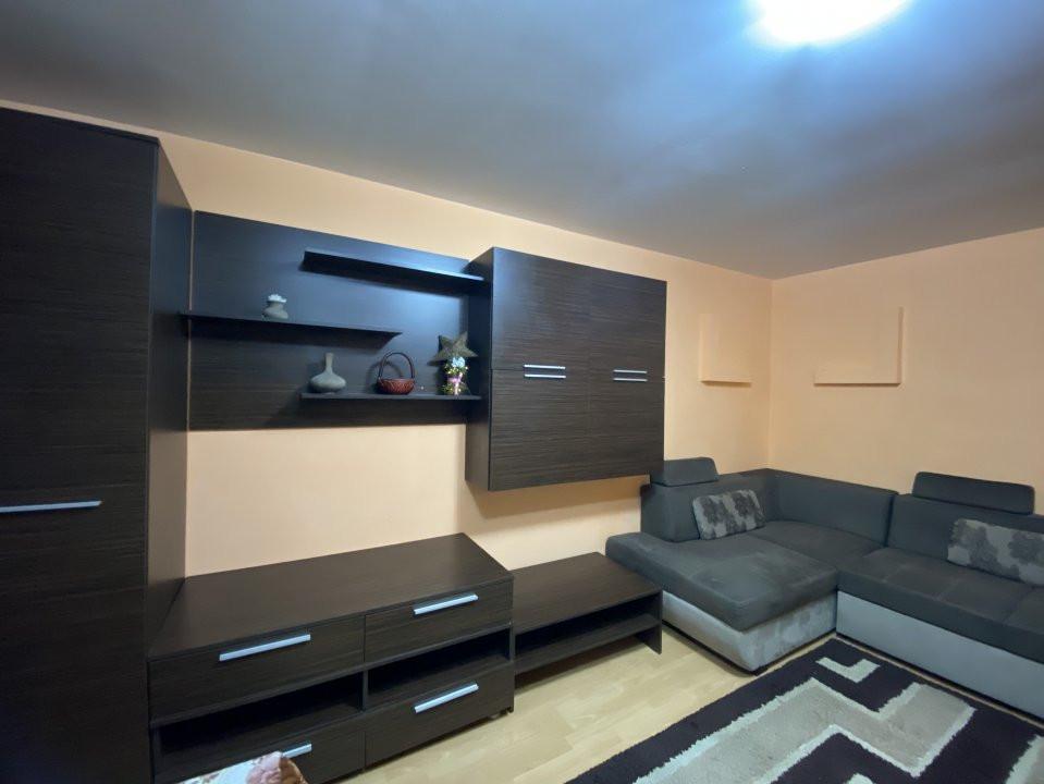 De inchiriat - apartament cu 2 camere Soarelui - Uranus 3
