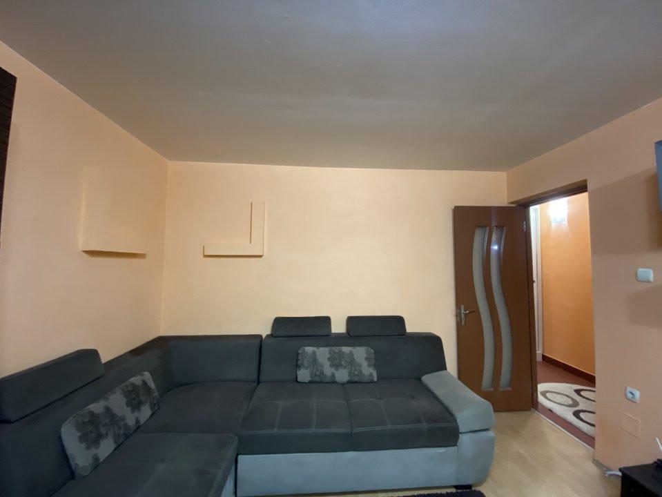 De inchiriat - apartament cu 2 camere Soarelui - Uranus 4