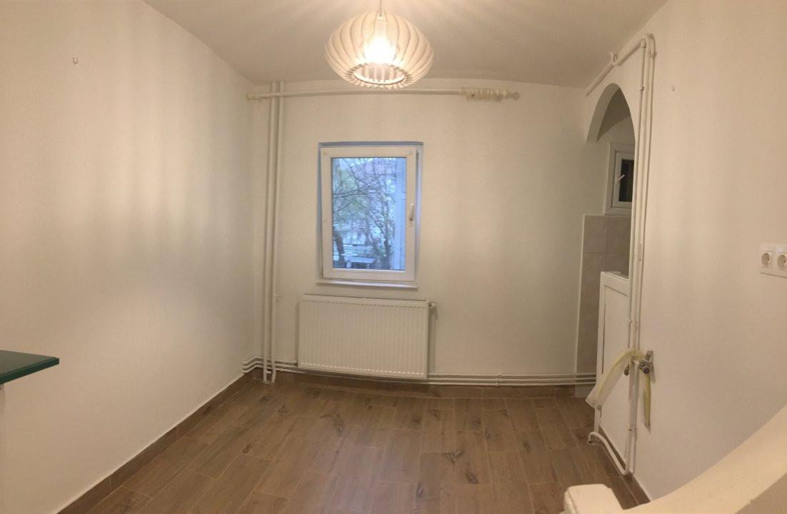 Apartament cu 2 camera, semidecomandat, de vanzare, zona Bucovina. 5