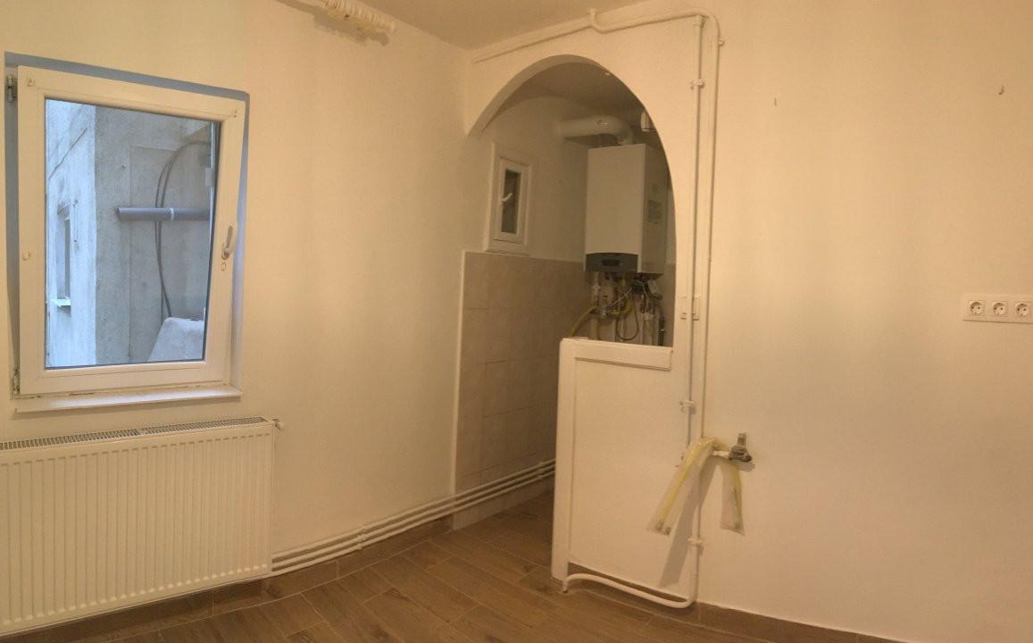 Apartament cu 2 camera, semidecomandat, de vanzare, zona Bucovina. 6
