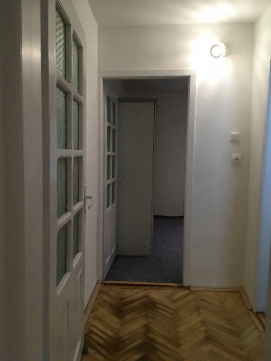 Apartament cu 2 camera, semidecomandat, de vanzare, zona Bucovina. 10