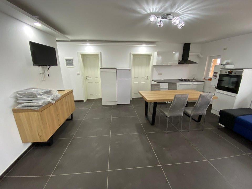 Apartament lux pe 2 nivele, cu 3 camere, prima inchiriere , zona Dumbravita 3