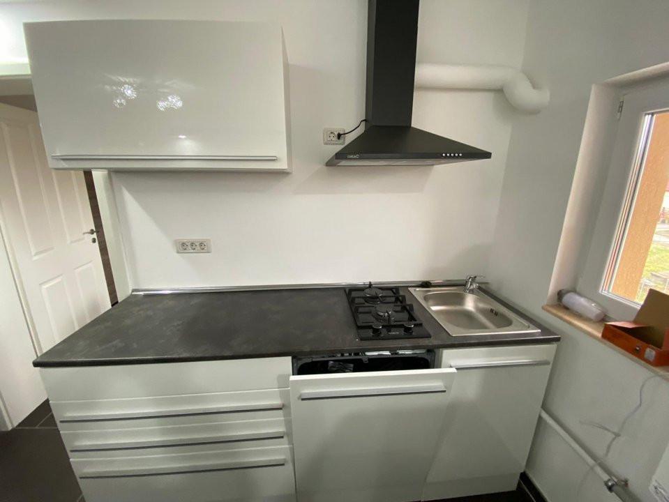 Apartament lux pe 2 nivele, cu 3 camere, prima inchiriere , zona Dumbravita 6