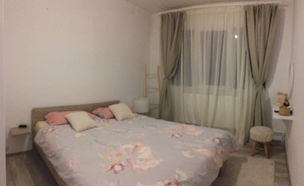 Apartament cu 3 camere, semidecomandat, de vanzare, zona Circumvalatiunii. 3