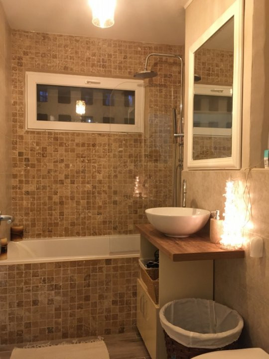 Apartament cu 3 camere, semidecomandat, de vanzare, zona Circumvalatiunii. 8