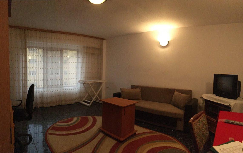 Apartament cu 2 camera, decomandat, de vanzare, zona Lipovei. 2