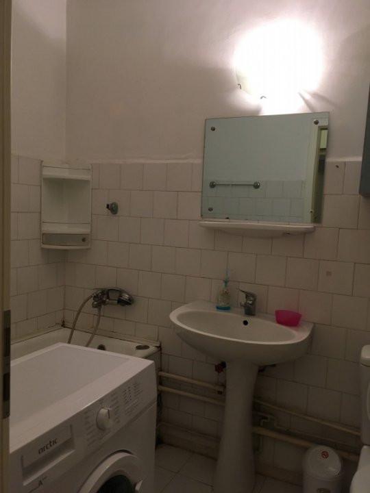 Apartament cu 2 camera, decomandat, de vanzare, zona Lipovei. 6