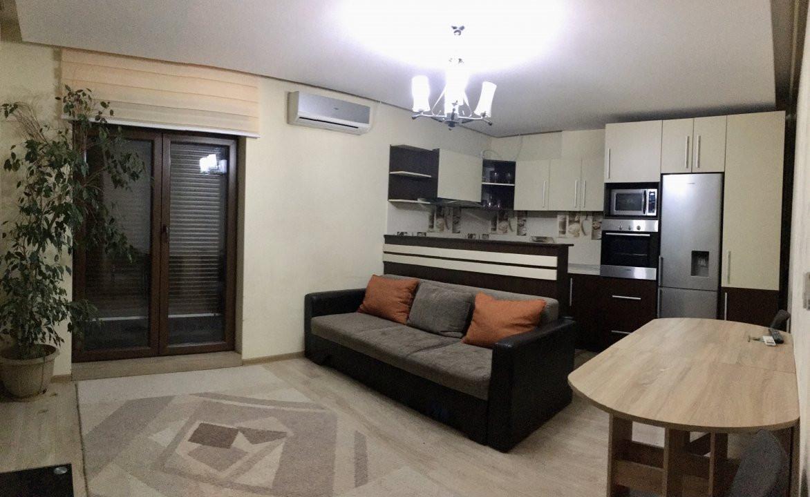 Apartament cu 3 camera, decomandat, de inchiriat, zona Lipovei. 9