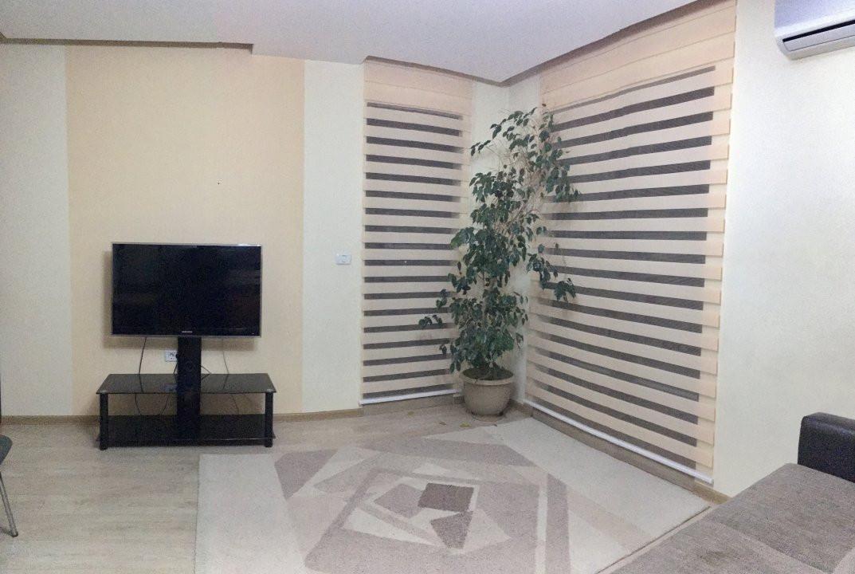 Apartament cu 3 camera, decomandat, de inchiriat, zona Lipovei. 12