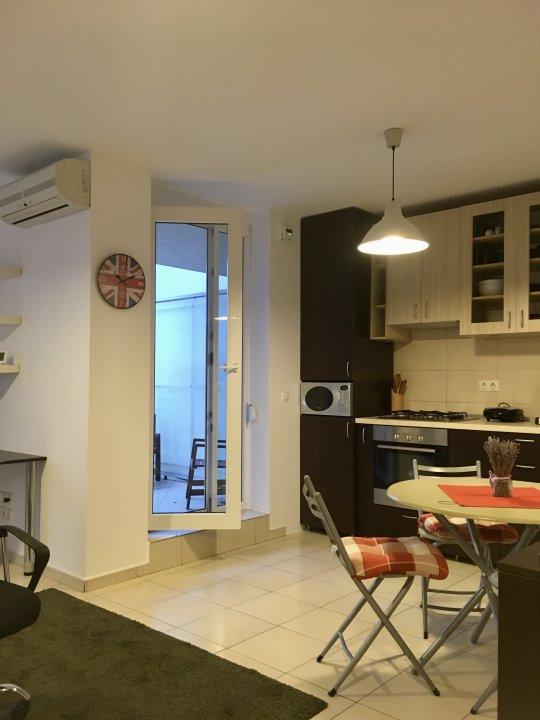 Apartament cu 2 camera, semidecomandat, de inchiriat, zona Aradului. 11