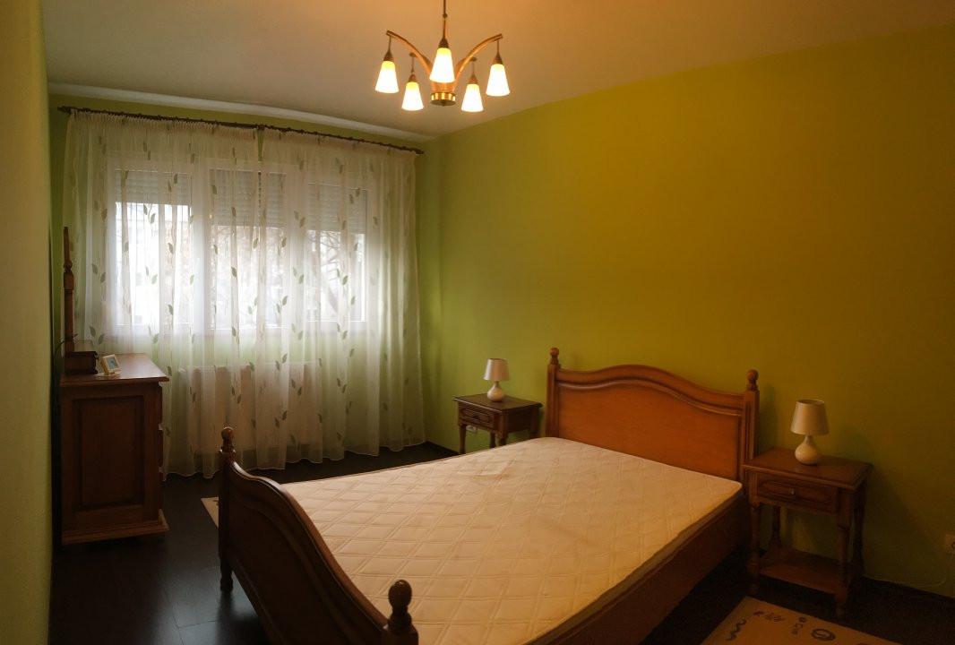 Apartament cu 3 camera, semidecomandat, de inchiriat, zona Circumvalatiunii. 3