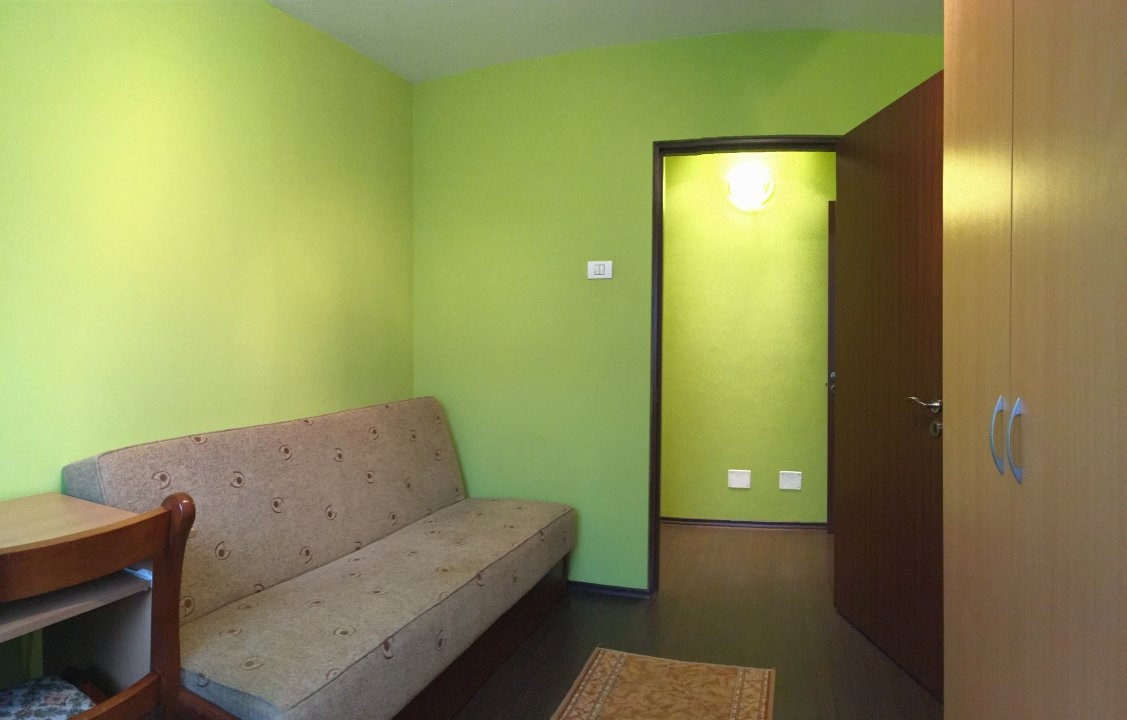Apartament cu 3 camera, semidecomandat, de inchiriat, zona Circumvalatiunii. 5