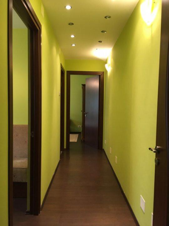 Apartament cu 3 camera, semidecomandat, de inchiriat, zona Circumvalatiunii. 9