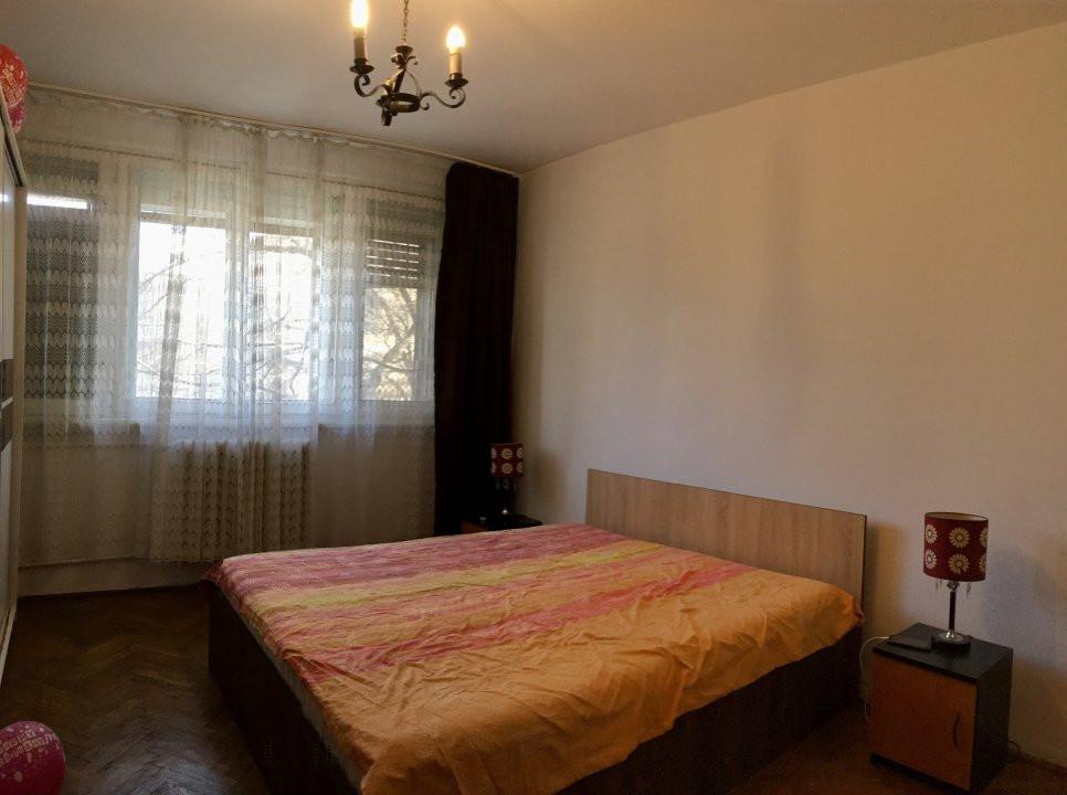 Apartament cu 2 camera, decomandat, de inchiriat, zona Take Ionescu. 4