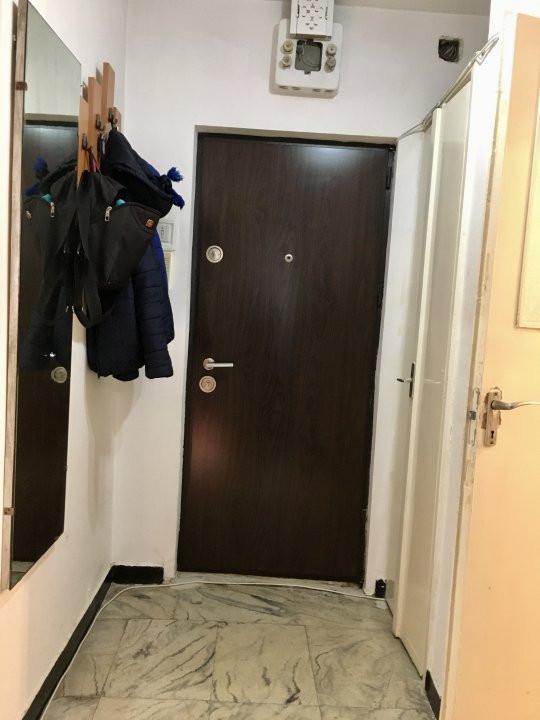 Apartament cu 2 camera, decomandat, de inchiriat, zona Take Ionescu. 9