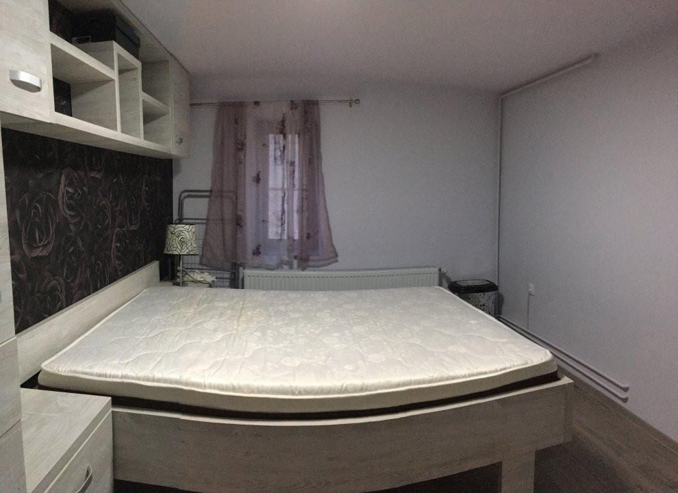Apartament cu 2 camera, semidecomandat, de inchiriat, zona Medicina. 3