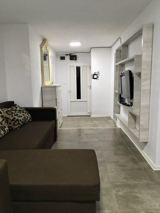 Apartament cu 2 camera, semidecomandat, de inchiriat, zona Medicina. 4
