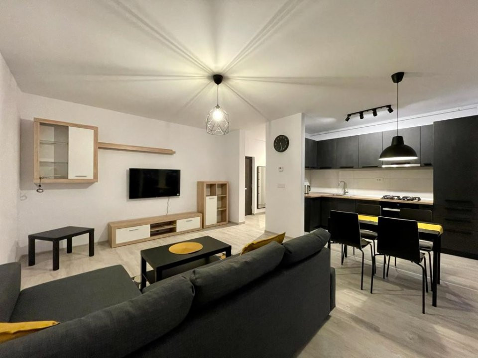 Apartament 2 camere, semidecomandat, de inchiriat, zona Aradului 2