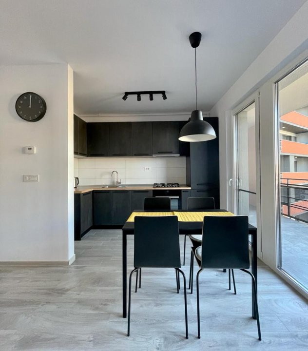 Apartament 2 camere, semidecomandat, de inchiriat, zona Aradului 3