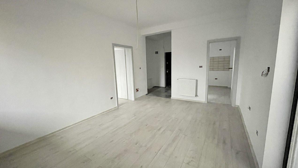 Apartament cu doua camere | Zona Scolii | Curte Proprie 1