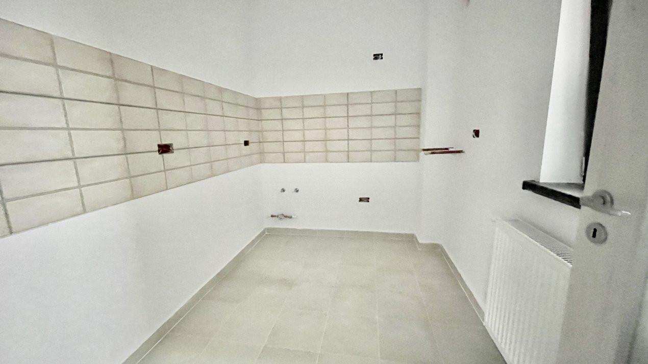 Apartament cu doua camere | Zona Scolii | Curte Proprie 2