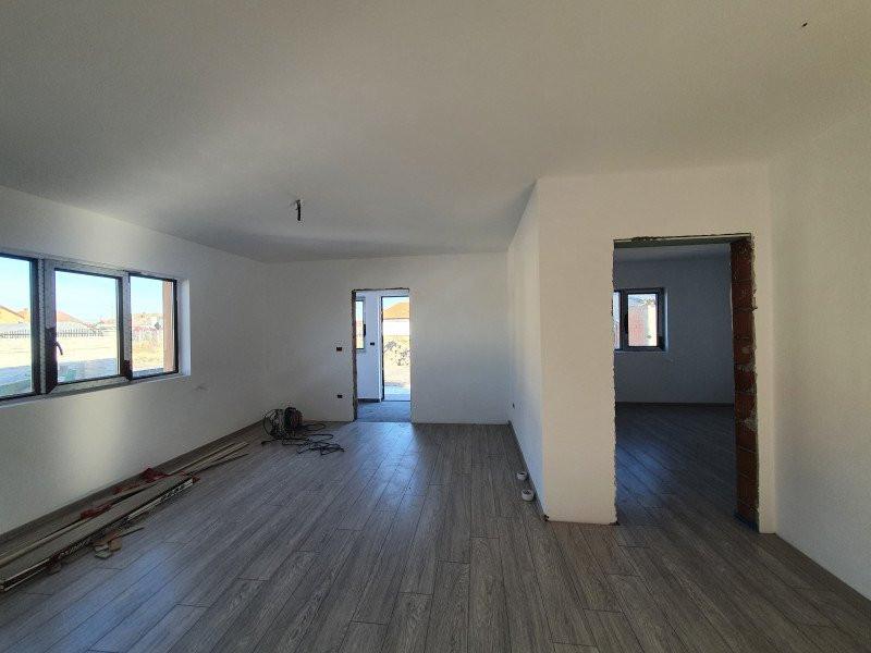 Casa individuala la cheie in Utvin - V990 2