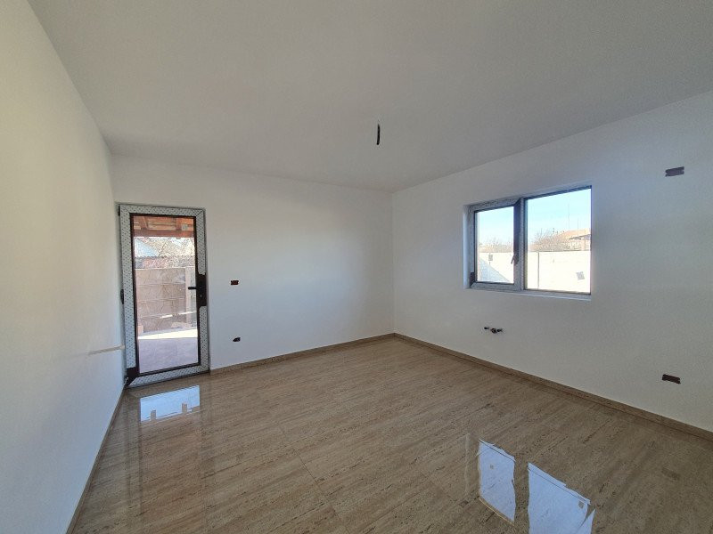 Casa individuala la cheie in Utvin - V990 5